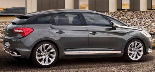 2012 Citroen DS5 Side